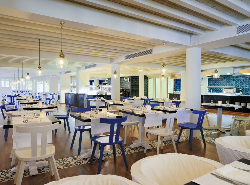 15BlueBayRestaurant