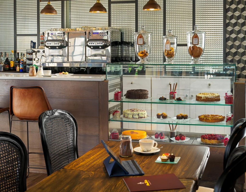 Detalle-expositor-Mike's-Coffee