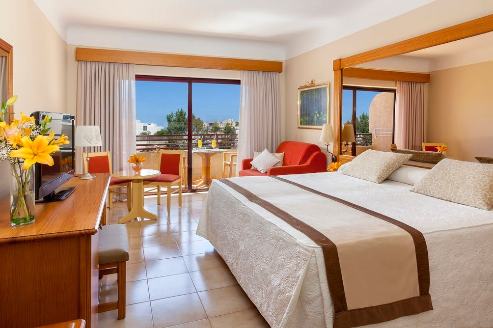 hotel-fanabe-rooms-2